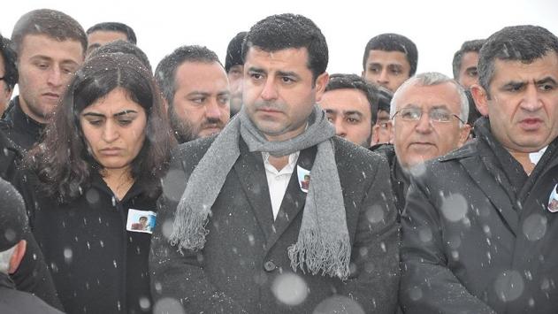 Selahattin Demirtaş tutuklama talebiyle mahkemeye sevk edildi