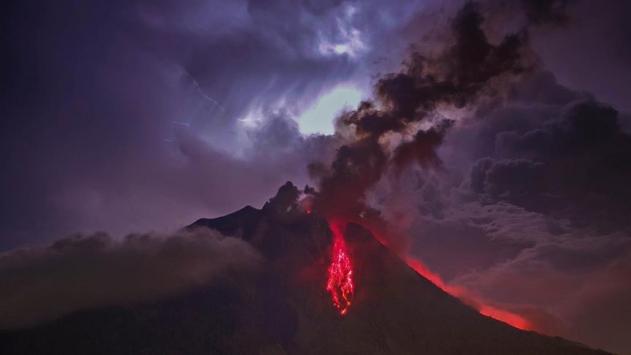 Endonezyada yanardağ tehlikesi: 500den fazla kişi tahliye edildi