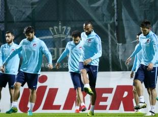 A Milli Futbol Takımı, Kosova maçına hazır