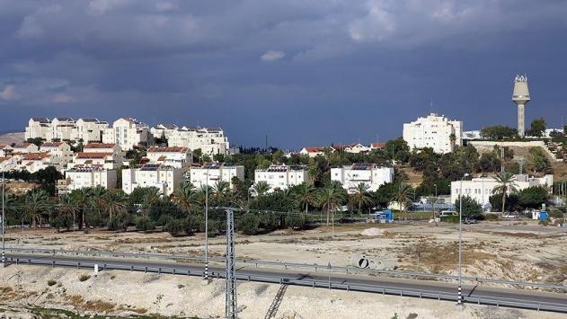 İsrail hırsızlığı meşrulaştırıyor