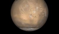 Marsta buz kütlesi bulundu