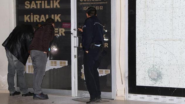 Adanada elmak ofisine silahlı saldırı