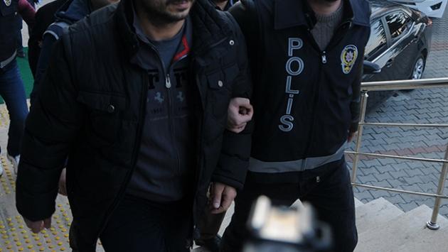 Patlayıcılarla okullara saldıran 4 kişi tutuklandı
