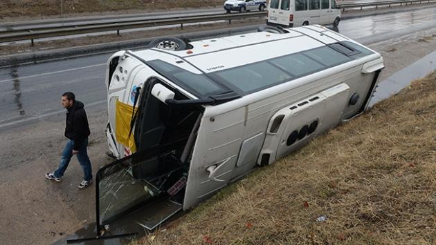 Uşakta trafik kazaları: 11 yaralı