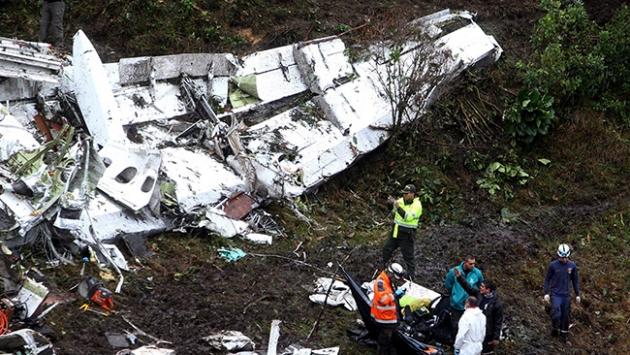 Kolombiyadaki uçak kazası ardında birçok hikaye bıraktı