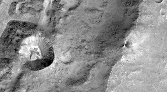 Marsa hiç bu kadar yakından baktınız mı?