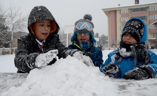 Kars`ta kar yağışı