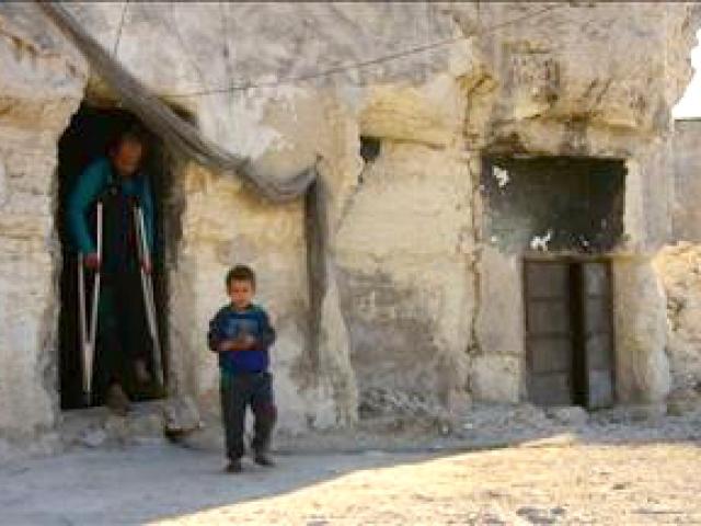 Halepte yüzbinlerin insani krizi