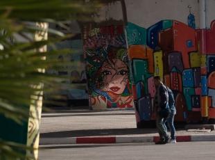 Tunus sokakları renkleniyor