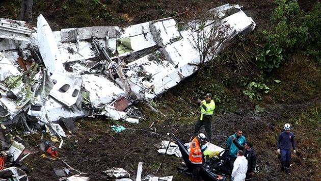 Kolombiyada düşen uçak acil durum bildirimi yapmamış