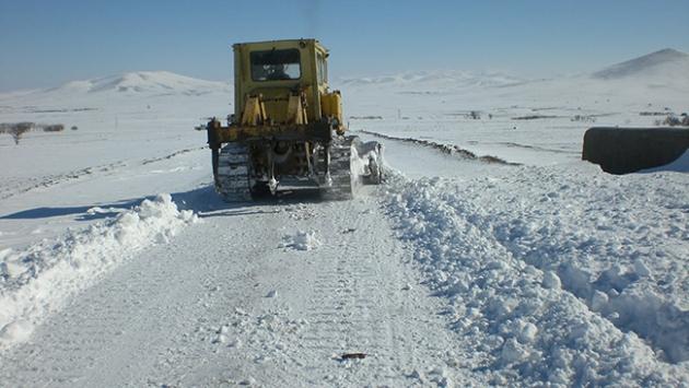 Kar nedeniyle 707 yol kapandı