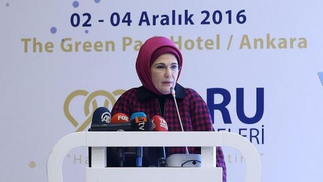 Emine Erdoğan: Kadınlarımızı doğal doğuma teşvik edelim