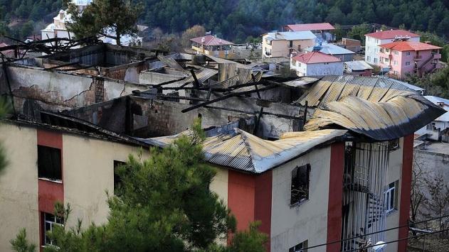 Görgü tanıkları yurttaki yangın faciasını anlattı