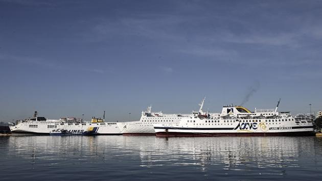 Yunanistanda grev nedeniyle tüm deniz seferleri durdu
