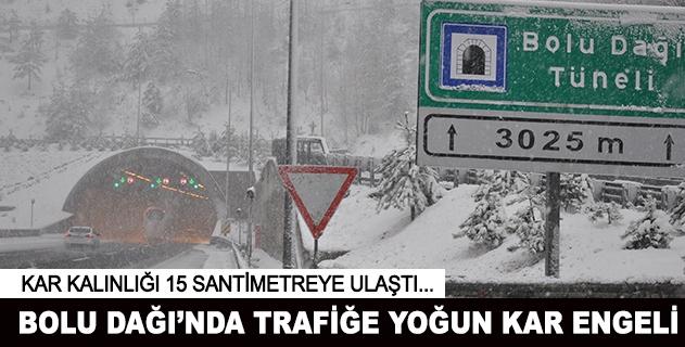 Kar etkisini artırdı, sürücüler zor anlar yaşıyor