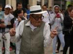 Kolombiyalılar pazar günleri trafiğe kapatılan caddelerin tadını çıkarıyor