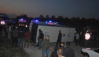 İşçileri taşıyan minibüs ile kamyonet çarpıştı: 21 yaralı