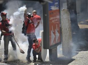 """Rio de Janerioda """"kemer sıkma"""" politikaları"""