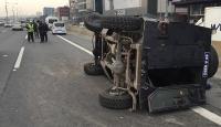Polis aracı devrildi: 4 yaralı