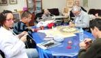 Engelliler el sanatları kursuyla motive oluyor
