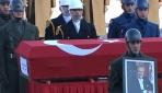 Eski TBMM Başkanı Sezgin için TBMMde tören