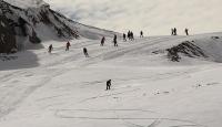Hakkarililerin kayak heyecanı