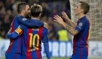 Barcelona 3 puanı 3 golle aldı