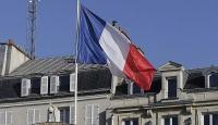 Fransa Başbakanı Cazeneuveden OHAL uzatılsın talebi