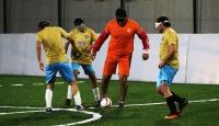 Başkentte görme engelliler için futbol sahası açıldı