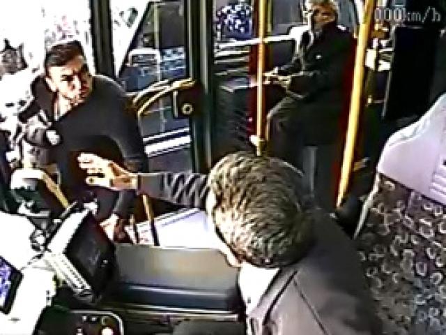 Burak Yılmaz trafikte otobüs şoförüyle tartıştı