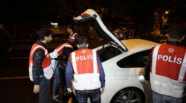 İstanbulda 5 bin polisle operasyon
