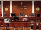 İzmir'de iki FETÖ sanığına hapis cezası