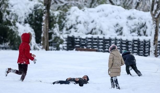 Kar nedeniyle pek çok ilde eğitime ara verildi