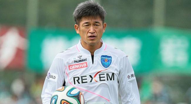 49 yaşındaki golcü oyuncunun sözleşmesi yenilendi