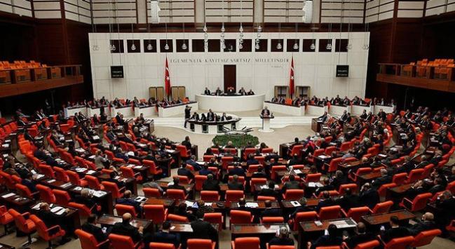 Anayasa değişikliği teklifinin üçüncü maddesi kabul edildi