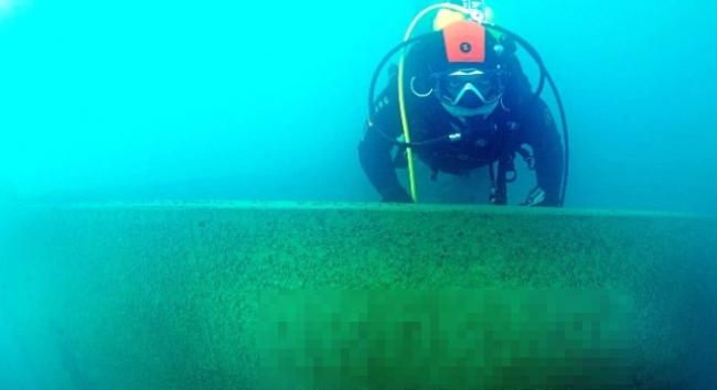 Van Gölünde batık gemi bulundu