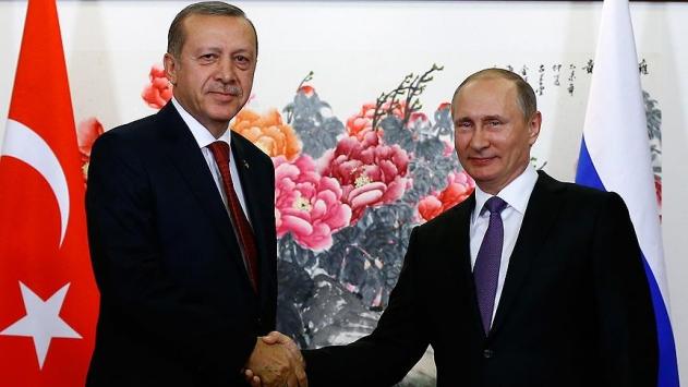 Erdoğan, Putin ile ikili ilişkiler ve Suriye meselesini görüştü