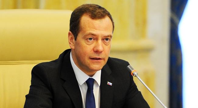 Rusya Başbakanı Medvedev: Ciddi yapısal reformlara ihtiyaç var