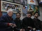Irakta Tatlıses hayranlarını buluşturan çay ocağı