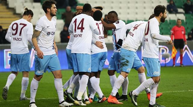Trabzonspor galibiyetle başladı