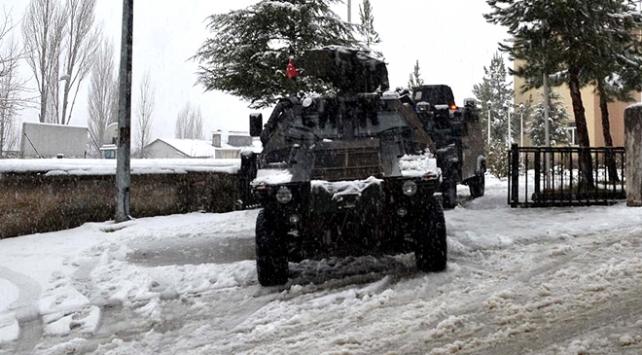Bitliste terör operasyonunda 2 asker şehit düştü