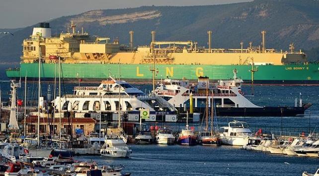 LNG tankeri Çanakkale Boğazını kapattı