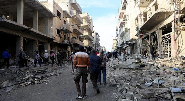 Suriye ordusuna ait savaş uçağı İdlibde saldırıda bulundu
