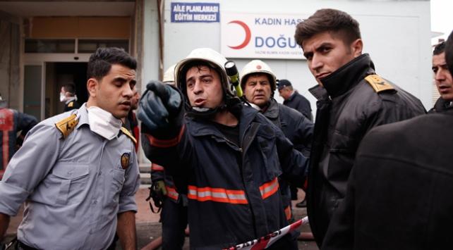 İstanbulda Şişli Etfal Hastanesinde yangın söndürüldü