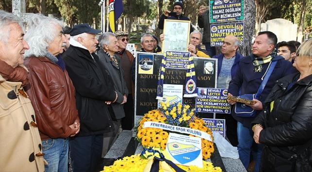 Fenerbahçenin unutulmaz futbolcusu Lefter anıldı