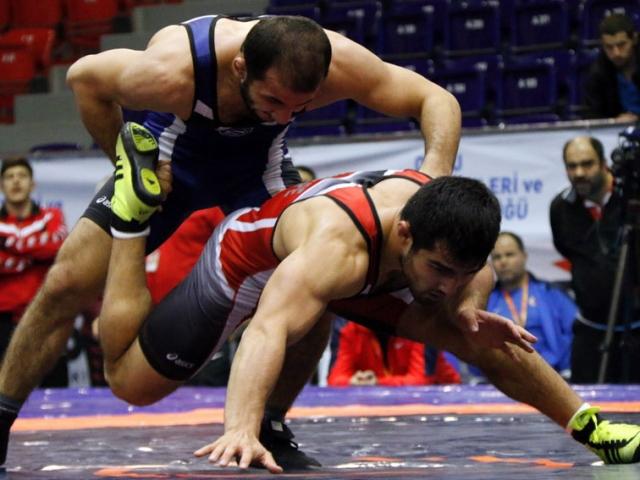 Serbest güreşte Türkiye şampiyonları belli oldu