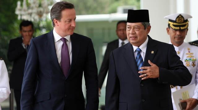 Cameron Endonezyada Depreme Yakalandı