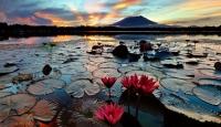 Renklerin Buluştuğu Göller
