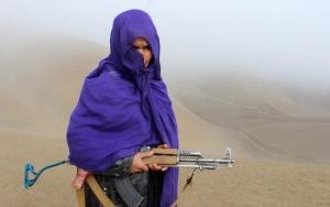 Afgan kadınlar DEAŞa karşı silahlandı