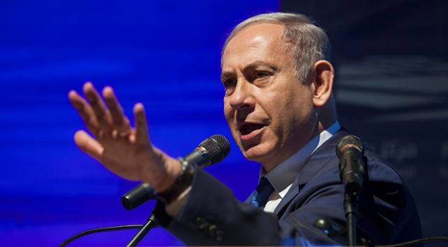 Netanyahudan rakibi Gantza koalisyon çağrısı